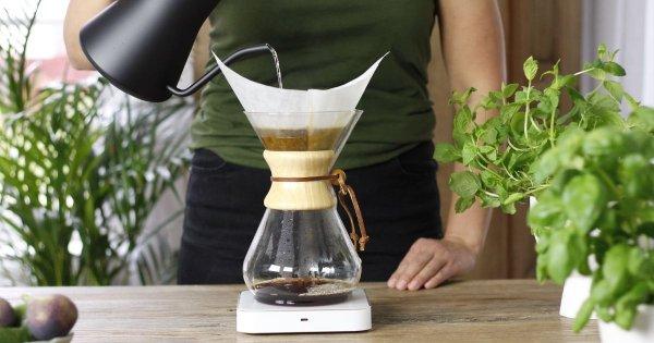 Brygg kaffe med en Chemex