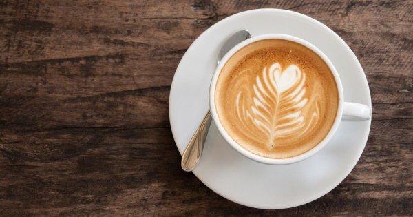 Hur gör man en cappuccino hemma?